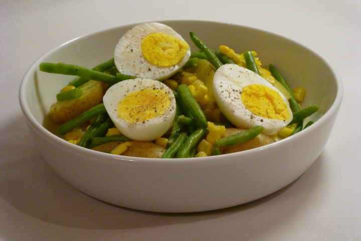 Warm Salad with Potatoes, Eggs and Olives